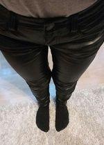 Nowe czarne spodnie rurki AEO leather