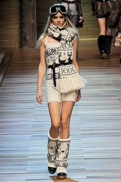 D&G Fall 2010 Ready-to-Wear Collection Slideshow on Style.com