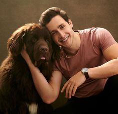 Mike with his dog Bear Photography Poses For Men, Girl Photography, Dr Mike Instagram, Beautiful Dogs, Gorgeous Men, Dr Mike Varshavski, Italian Male Model, Hot Doctor, Medicine Doctor
