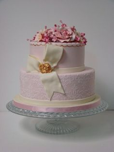 Shabby Chic Vintage Gold Ivory Pink Garden Round Spring Summer Wedding Cakes Photos & Pictures - WeddingWire.com