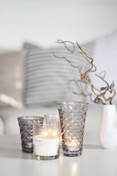Silver and candlelight Winter House, Candle Lanterns, Ikea Candles, Home And Living, Slow Living, Living Room, Interior Inspiration, Interior And Exterior, Home Accessories