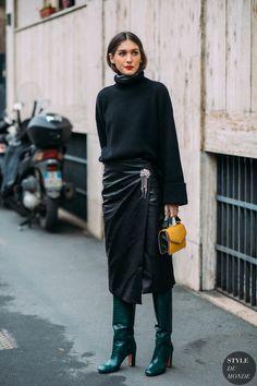 """063502b71150 fashion-boots """"Milan FW 2018 Street Style  Diletta Bonaiuti by Styledumonde"""""""