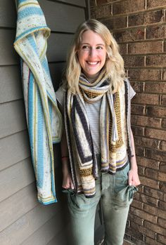a long rectangular shawl worked in the round with corner increases, texture, and color Knitting Designs, Knitting Patterns, Sport Weight Yarn, Needles Sizes, Color Pop, Shawl, You Got This, Knit Crochet, Corner