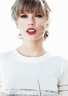 Taylor Swift ♥ my idol Taylor Swift Moda, Style Taylor Swift, Taylor Alison Swift, Swift 3, Britney Spears, Pretty People, Beautiful People, Taylor Swift Pictures, Woman Crush