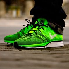 80ed1c1a54ef Nike Flyknit Trainer Electric Green