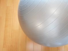 5 Easy Ab Exercises for a Sculpted Six Pack  Looking for a sure-fire way to get a washboard stomach? Try this BodyBuilding.com ab exercise, which requires you to use an exercise ball. To do a jack knife sit-up, sit on the floor, holding a medicine ball between your hands, with your feet out in ... #bodybuildingexercise  #bodybuildingformen  #bodybuilding #buildmusclefasttips  #buildmusclesfast #bodybuilding  #fitness  #gym  #muscle #fit  #protein  #health  #endurance #strong