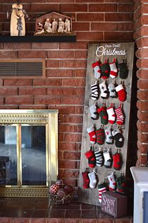 Crochet along and make this pretty and rustic mini stocking advent calendar - 9 free mini stocking patterns!