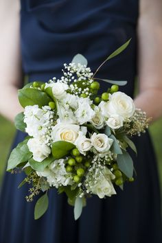 Love this!  I think I would want only white and green, and have bridesmaids with light pink.