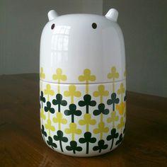 Big Poppa by camilaprada: Large storage joar. Made of bone china. #Storage_Jar_ Camilaprada