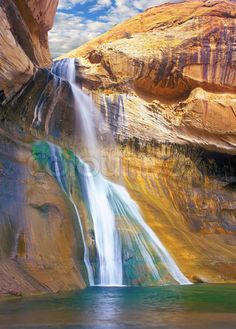 Stock image of 'Lower Calf Creek Falls, Grand Staircase-Escalante National Monument, Utah scenic waterfall in a deep Navajo sandstone canyon'