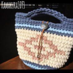 ・ ☺︎spring native marché☺︎ ・ 春なので、native marchéもパステルの綺麗カラーで♡ ・ うん、いいな♡ ・ 汚れが気になるので、底と持ち手は濃いめのカラーになってます(^ω^) ママンも安心して持てます♪ ・ ・ ネオンカラーを投入したnative marchéも編み編みしたいなぁ♡ ・ ・ ・ ・ プレゼント企画、本日いっぱい受付中です! 沢山のご応募ありがとうございます♡ まだまだ受け付けておりますので、よろしくお願いします♡ ・ ・ ・ ・ ・ 只今オーダー編み編みはストップ中です(>_<) ・ 気になることがございましたらコメントよりお気軽にお問い合わせくださいませ(o^^o) ・ ・ #フックドゥ #七里ヶ浜#ネイティブ#オルテガ#オルテガ柄#スエード#七里ヶ浜フリマ#ズパゲッティ#ハワイ#スマホポーチ#スマホポシェット#native#ロンハーマン#鎌倉#湘南#夏#ボヘミアン#ニットクラッチ#summer#春夏物#spring#コンチョ#zpagetti#江ノ島 #波#サーフィン#サーフ#wave#シェル#ハワイ
