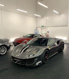 Ferrari 488 Pista Porsche, Audi, Exotic Sports Cars, Exotic Cars, Maserati, Bugatti, Supercars, Automobile, Pretty Cars