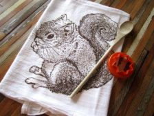 Tea Towels & Aprons in Kitchen - Etsy Home & Living I WANT IT!
