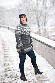 Snjóflyksa - pattern for Icelandic lopapeysa sweater / lopapeysa wool cardigan snowflake geometrical symmetrical circular yoke raglan - dreieckstuch - Geothermal Energy Norwegian Knitting, Icelandic Sweaters, Fair Isle Pattern, Fair Isle Knitting, Wool Cardigan, Plus Size Fashion, Knitting Patterns, Knitting Projects, Knit Crochet