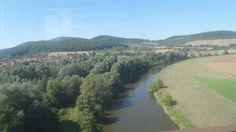 Blick auf die Werra, von der Brücke bei Oberrrieden, aus dem fahrenden Zug