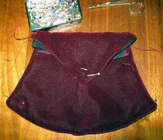IMAGE 5. How to Make a 16th-17th Century Men's Purse. Hanging bag in progress