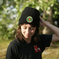 This cozy, lightweight black toque is perfect for winter weather or a cool spring day. It features a high quality green Flannel Foxes patch. Cute Tomboy Style, Green Flannel, Tomboy Fashion, Spring Day, Beanie, Foxes, Cozy, Weather, Black