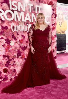 Rebel Wilson Embroidered Dress - Rebel Wilson looked queenly in an embroidered red Paolo Sebastian gown with a flowing train at the premiere of 'Isn't It Romantic. Paolo Sebastian, Rebel Wilson, Elie Saab Couture, Custom Dresses, Stunning Dresses, Couture Collection, Plus Size Fashion, Fashion Beauty, Fat Fashion