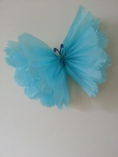 large single frayed hanging tissue paper by on Etsy Summer Crafts, Fun Crafts, Diy And Crafts, Tissue Paper Flowers, Fabric Flowers, Mexican Paper Flowers, Butterfly Birthday Party, Paper Crafts Origami, Handmade Flowers
