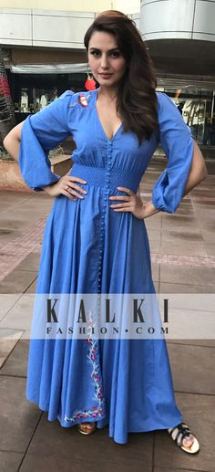 Buy Traditional Indian Clothing & Wedding Dresses for Women Party Wear Dresses, Cute Dresses, Casual Dresses, Summer Dresses, Indian Dresses, Indian Outfits, Kurti Neck Designs, Indian Designer Wear, Fashion Outfits