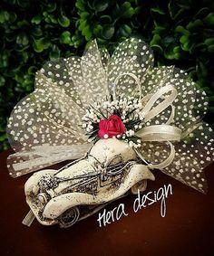 Araba modeli nikah şekerimiz... #heradesign #özeltasarım #nikahhediyelikleri #nikahşekeri #nikah #düğün #nişan #wedding #nikahşekeri  #weddingfavors #arabamodeli #davetiye #davetiyemodelleri #kişiyeözel #invitation #card #vintage