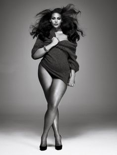 curvy girls rock! they really do!