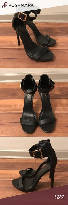 Black High Heels With Ankle Strap and Gold Buckle Adorable pair of black high heels with ankle strap and gold buckle detail! Size 7.5. I cannot even do these shoes justice with pictures! Worn twice. In fantastic condition (like new!). Remember: bundle and save! Thanks! 😊 Mossimo Supply Co Shoes Heels
