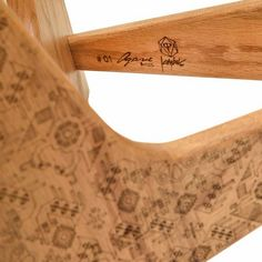 Grabado firma mesa lateral Agave edición Kimbal