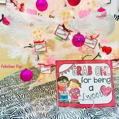 This DIY classroom management Valentines Ideas it's super cute and inexpensive. Is an incentive system to use in February. Classroom Management, Behavior, Valentines, Cute, Diy, Ideas, Behance, Valentine's Day Diy, Bricolage