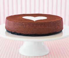 Spread the love with this Chocolate Lover's Cheesecake! #ValentinesDay