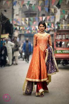 Walima Dress, Pakistani Wedding Dresses, Pakistani Outfits, Saree Wedding, Indian Bridal Outfits, Indian Dresses, Indian Clothes, Anarkali Kurti, Sharara