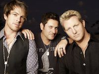 The reason I fell in love with country music, Rascal Flatts. <3<3<3