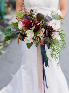 Romantic Lakeside Fall Whistler Wedding – Style Me Pretty