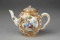 Theiere Calabre | Sèvres porcelain factory | V Search the Collections
