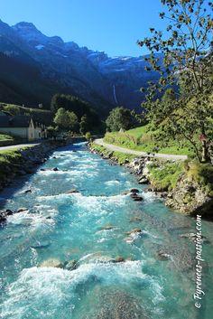 Une superbe randonnée au Cirque de Gavarnie au coeur du Parc national des Pyrénées ! #pyrenees #gavarnie #randonnee