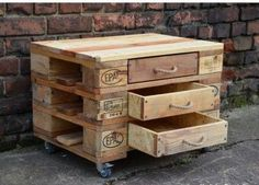 Ineffable Chest of Drawers from Wooden Pallets Ideas. Prodigious Chest of Drawers from Wooden Pallets Ideas. Wooden Pallet Projects, Wood Pallet Furniture, Pallet Crafts, Diy Furniture, Furniture Plans, Recycled Pallets, Wooden Pallets, Euro Pallets, Wooden Sheds