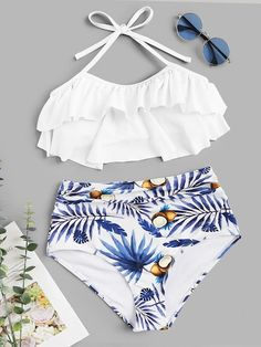 Shop Tiered Layer Top With Random Tropical Ruched Bikini online. SHEIN offers Tiered Layer Top With Random Tropical Ruched Bikini & more to fit your fashionable needs. Bathing Suits For Teens, Summer Bathing Suits, Cute Bathing Suits, Trendy Bikinis, Bikinis For Sale, Bikinis Online, Swimsuit Tops, Bikini Swimwear, Sporty Swimwear