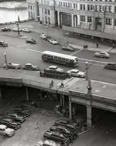 Michigan Ave. at Water St., 1949 (Chicago Pin of the Day, 2/11/2015).