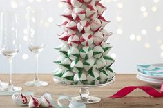 Create this brilliant meringue tree as the centerpiece of your Christmas dining table this year! Using our giant paper mache cone as a base, use icing and Easter Bunny Cupcakes, Christmas Dining Table, Traditional Bow, Edible Glue, Pom Pom Wreath, Christmas Cakes, Christmas Ideas, Xmas, Crochet Unicorn