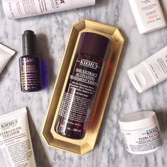 A skin care routine is most effective when the skin being treated is well prepared. Reactivate your skin's radiance with our new Iris Extract Activating Treatment Essence and perfect your anti aging routine.