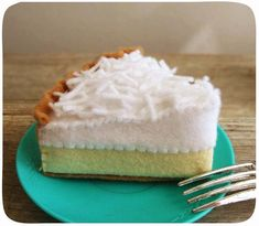 Felt Food Coconut Cream Pie by milkfly on Etsy