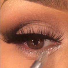Soooo stunning  @makeupbyanna