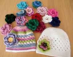 All seasons Colourful Crocheted baby hat with flower Old Head, Knitted Hats, Crochet Hats, Baby Accessories, Clothes For Sale, Wool Yarn, Baby Hats, 6 Months, Little Ones