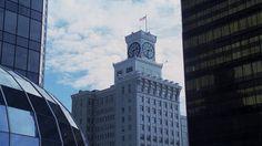 Oliver Queen`s Apt Downtown Metropolis Kansas ( Smallville )