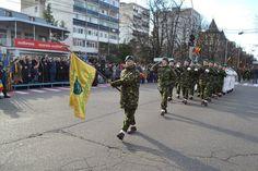 Z IUA NAŢIONALĂ A ROMÂNIEI SĂRBĂTORITĂ LA BUZĂU • Manifestările prilejuite de sărbătorirea Zilei Naţionale a României au debutat în faţa Prefecturii Buzău, la monumentul Eroilor Neamului, cu o ceremonie militară de comemorare şi omagiere a făuritorilor unităţii neamului românesc. Military, Exercise, Image, Pictures, Ejercicio, Excercise, Work Outs, Workout, Sport
