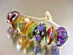 artisan lampwork glass beads