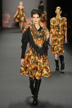 Fall 2013 Ready-to-Wear  Lena Hoschek