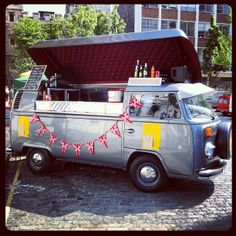 Beautiful #VW #camper #bar at #madeinClerkenwell by killdozer http://instagr.am/p/LAyfpCwmab/