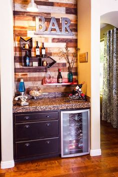 How to Make a Chic At-Home Bar | StyleCaster