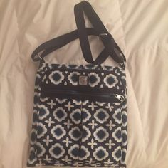 Brighton CrossBody Tote Cute only used once Brighton crossbody tote Brighton Bags Crossbody Bags